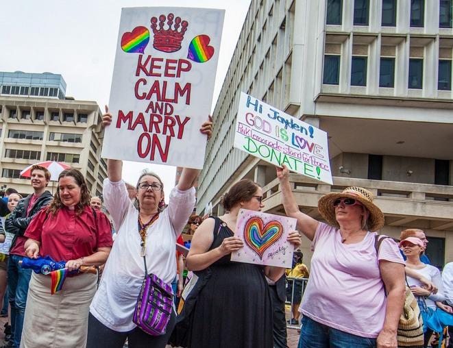 gay religion studies online