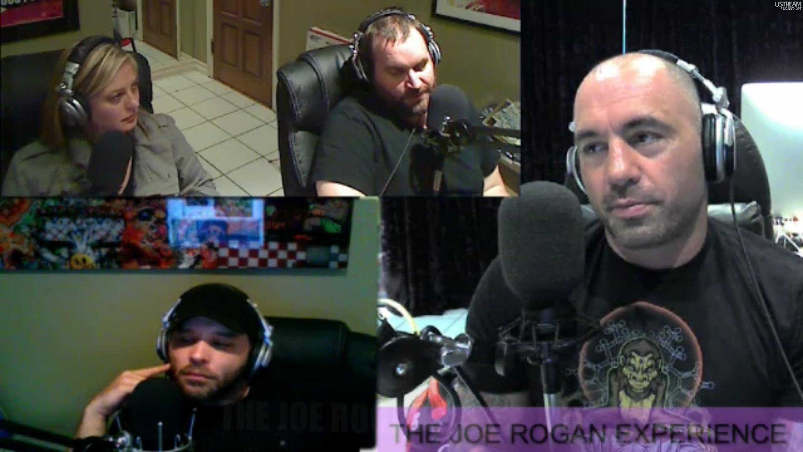 The Joe Rogan Experience #207 - Tom Segura, Christina Pazsitzky, Brian Redban